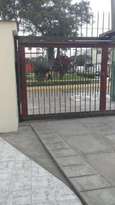 Vive en un dúplex en una acogedora y tranquila zona en San Borja
