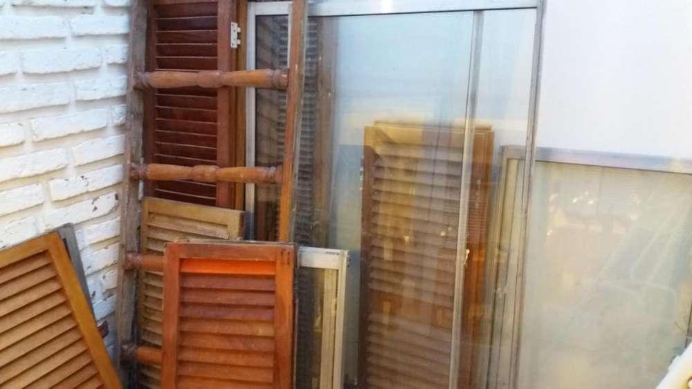 PuertaVentana aluminio 2x2 c/Vidrio y Postigos, sin marco. 6Hojas Ventanas c/vidrios y postigos.!
