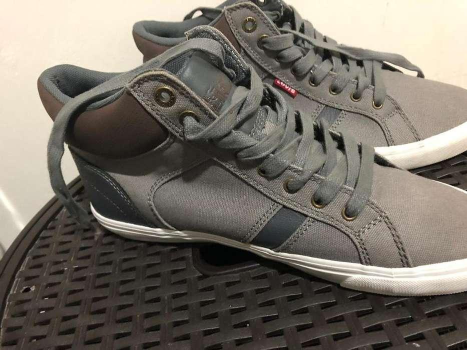 Zapatos Levis