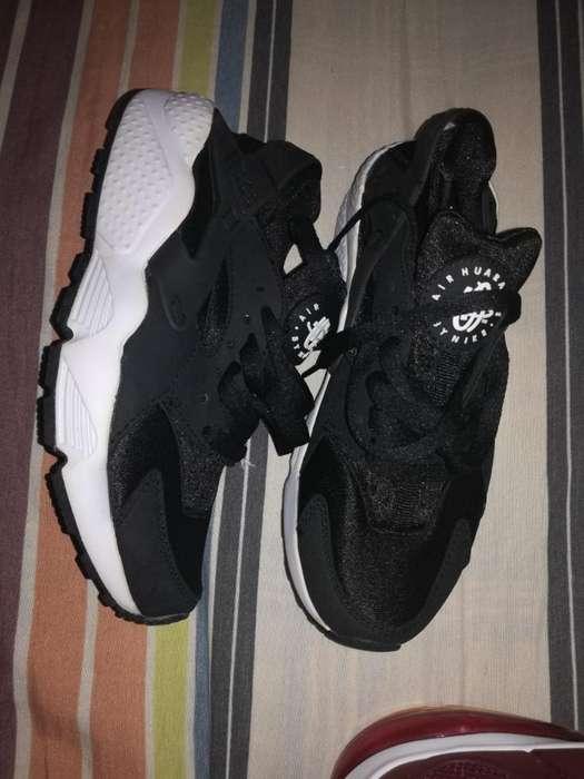 Nike Huarache de Dama
