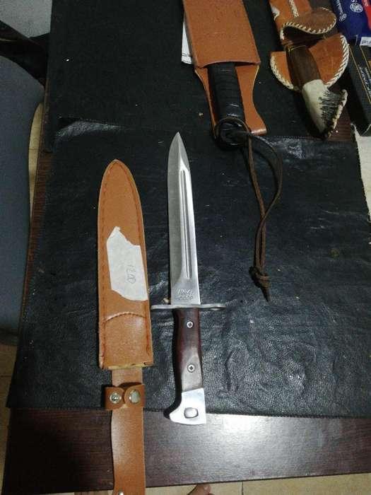 Bayoneta Ak 47