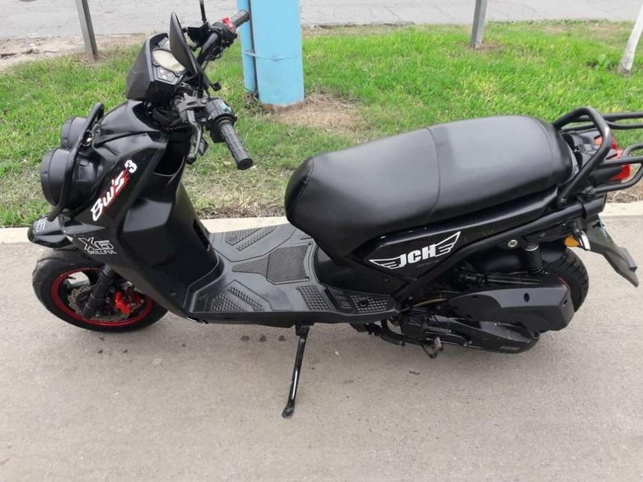 Vendo Moto Jch