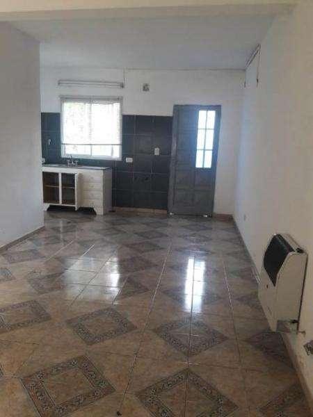 Casa en Alquiler, 80mts, 2 dormitorios 279949