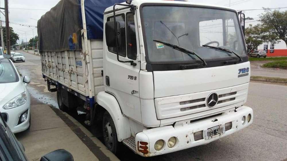 Vendo Camion Mercedez Benz 712