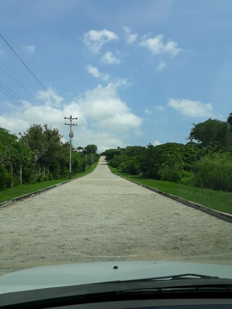 Lote en Bonda a las afueras de Santa Marta Condominio Oasis de Neguanje