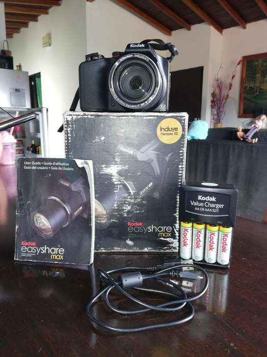 Se Vende Camara Kodak Z990max