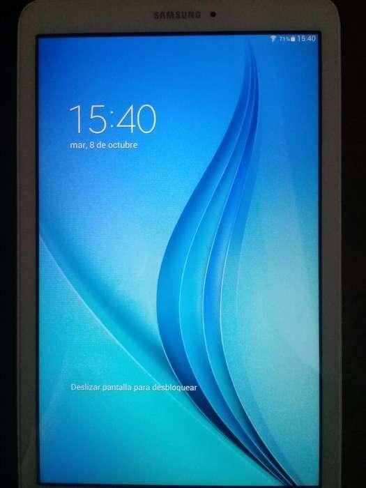 Vendo Tablet Samsung Tab E Sm-t560