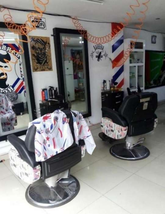 Se Necesita Barbero Venezolano