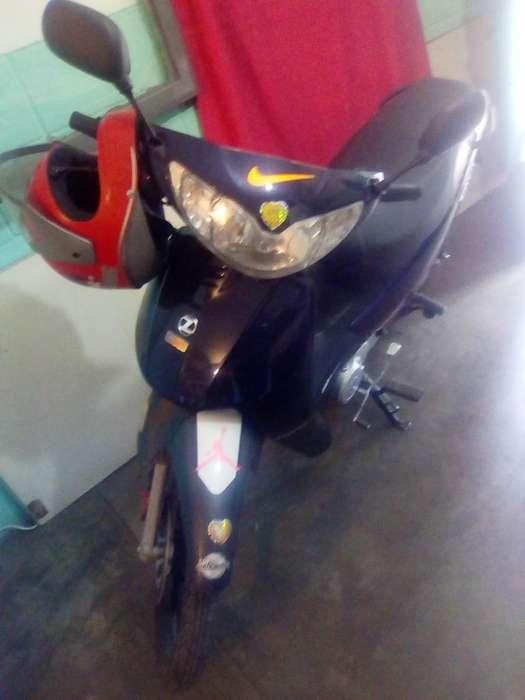 Viendo Moto