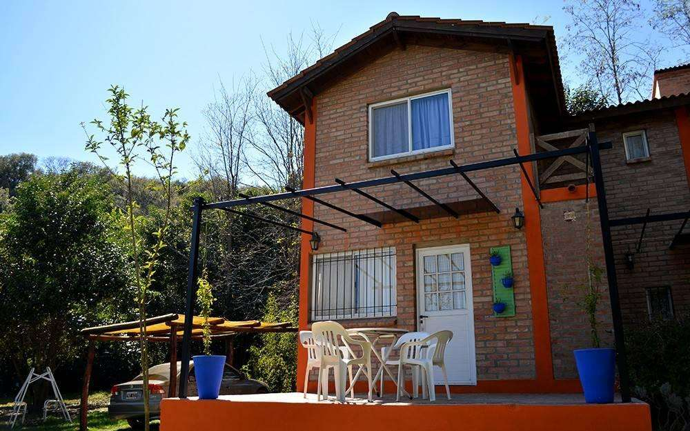 ep95 - Cabaña para 2 a 5 personas con pileta y cochera en Villa De Merlo