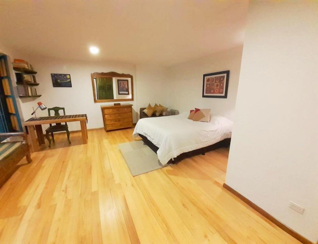 Tumbaco, suite, 50 m2, amoblada, alquiler, 1 ambiente, 1 baño, 1 parqueadero
