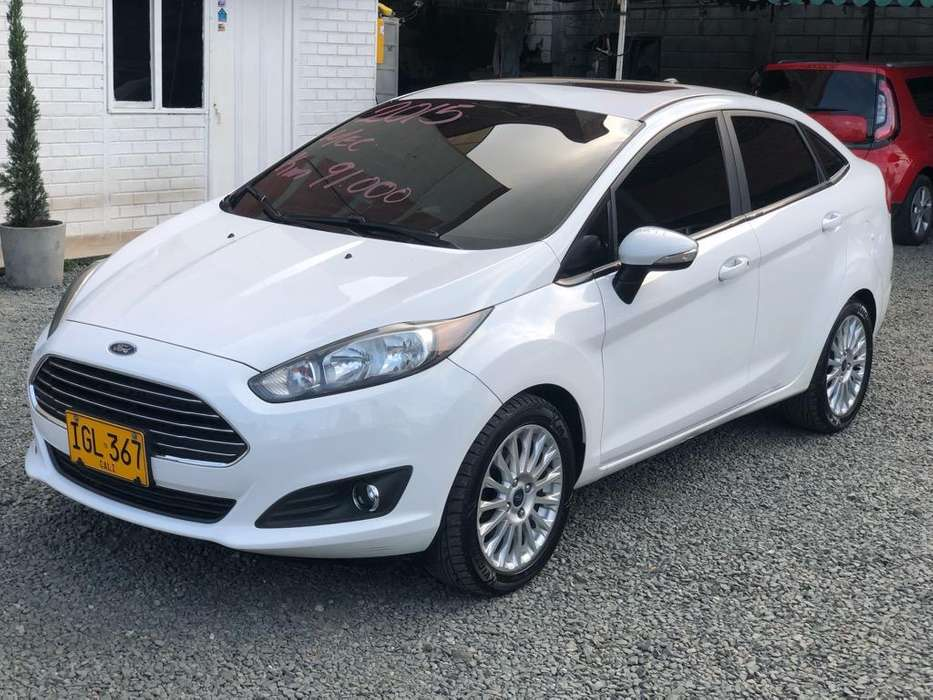 Ford Fiesta  2015 - 91000 km