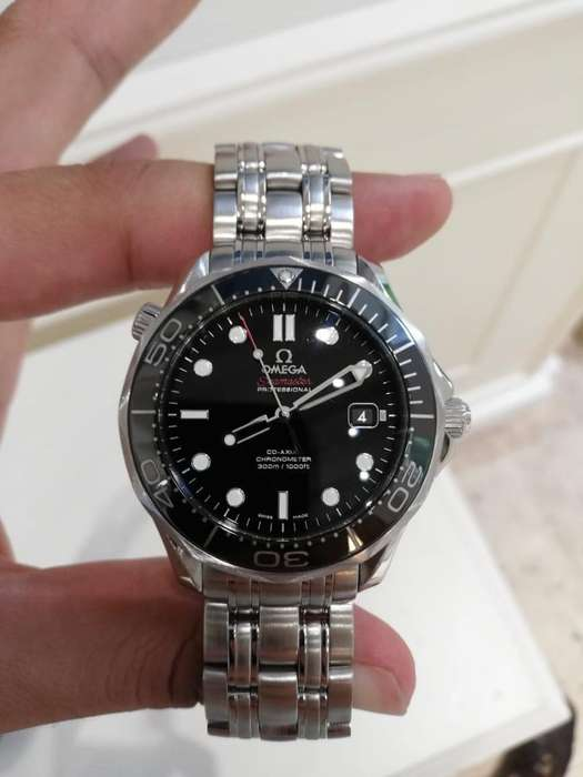 Reloj Omega Seamaster Ceramico. 40 Mm