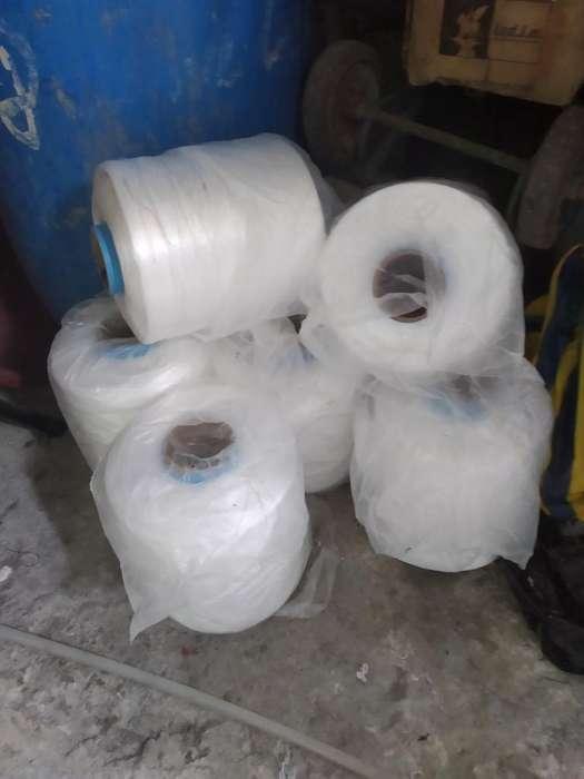 Hilos para Maquinas de Coser Sacas