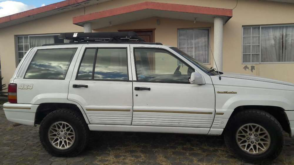 JEEP Cherokee 1993 - 230 km