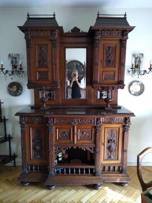 Mueble Antiguo de Madera Excelente con Espejo