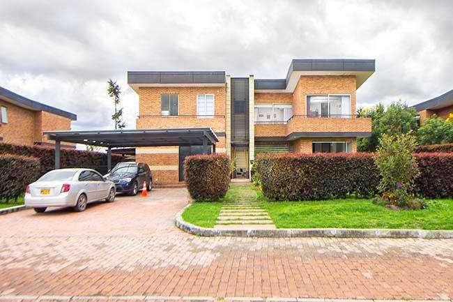 87042 - Venta de hermosa y confortable casa Condominio Campestre Hacienda San Sebastian