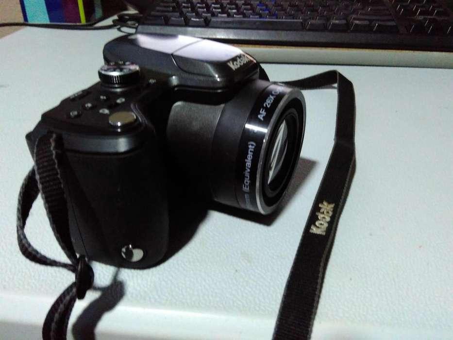 Camara Semiprofesional Kodak Easyshare Z981 <strong>accesorios</strong>