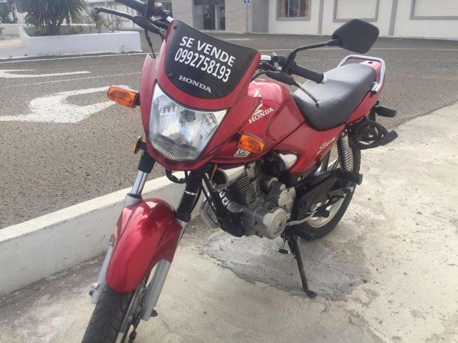 Vendo <strong>honda</strong> 125 año 2013 flamante!!!