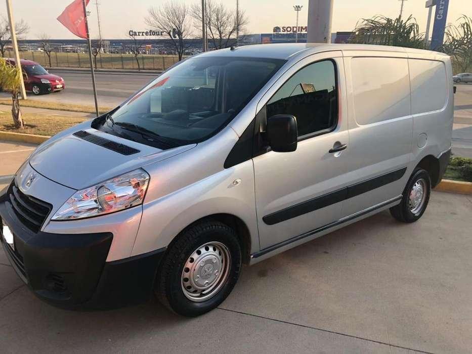 Peugeot Expert 2015 - 138000 km