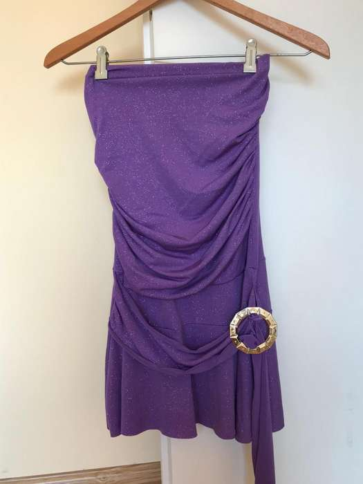 Vestido de fiesta 15 violeta brillos elastizado talle S