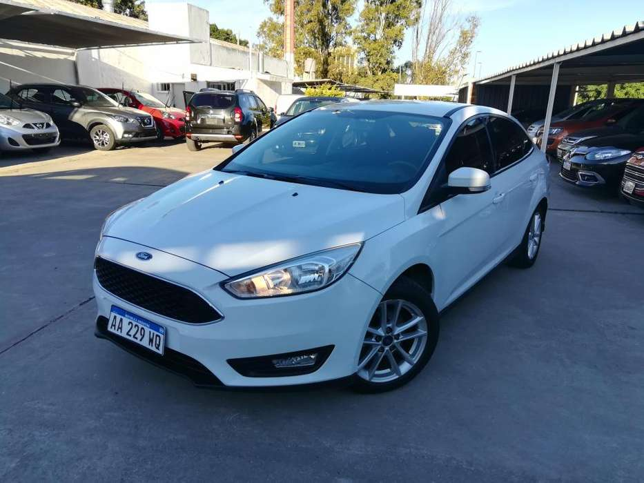 <strong>ford</strong> Focus Sedán 2016 - 113000 km