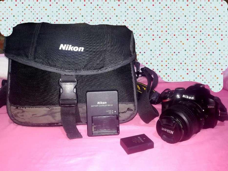 Vendo Nikon D3200 Exelente Estado 10
