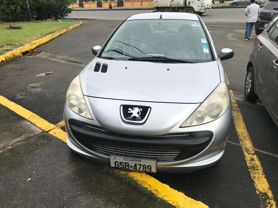 <strong>peugeot</strong> 207 2011 - 127000 km