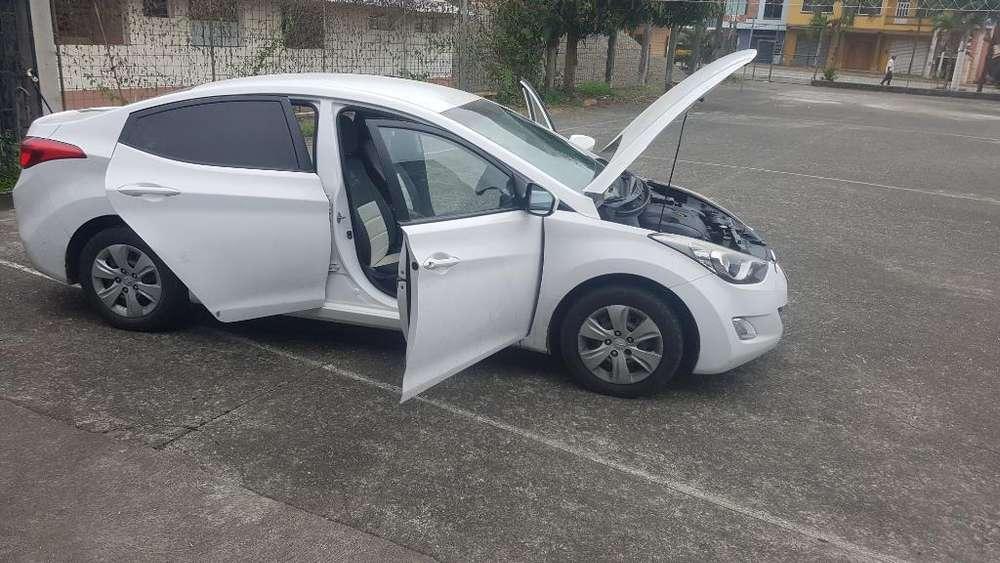 Hyundai Elantra 2013 - 110 km