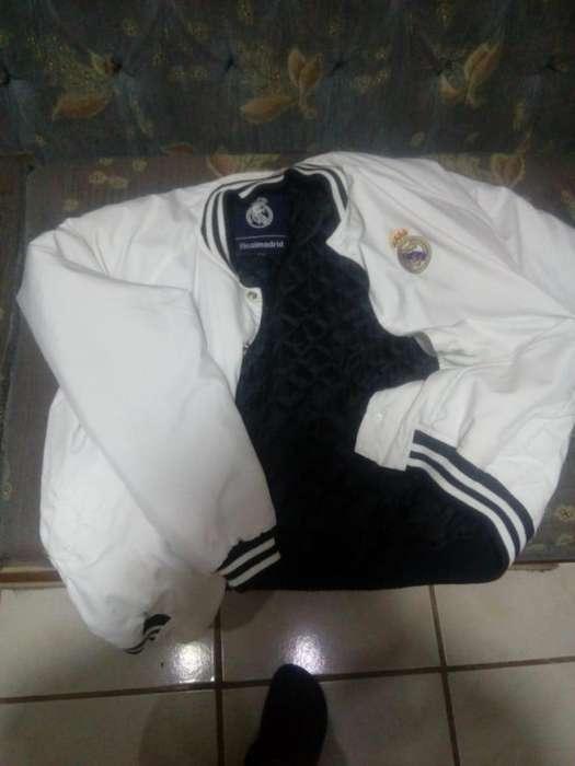 Chaqueta original Real Madrid