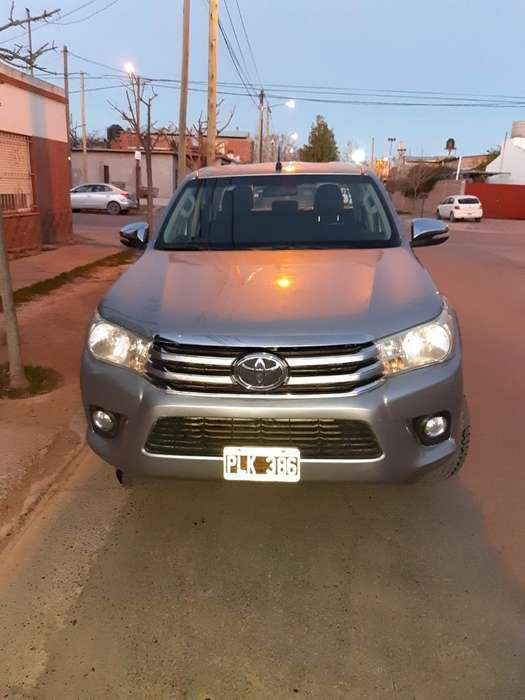 Toyota Hilux 2016 - 78000 km