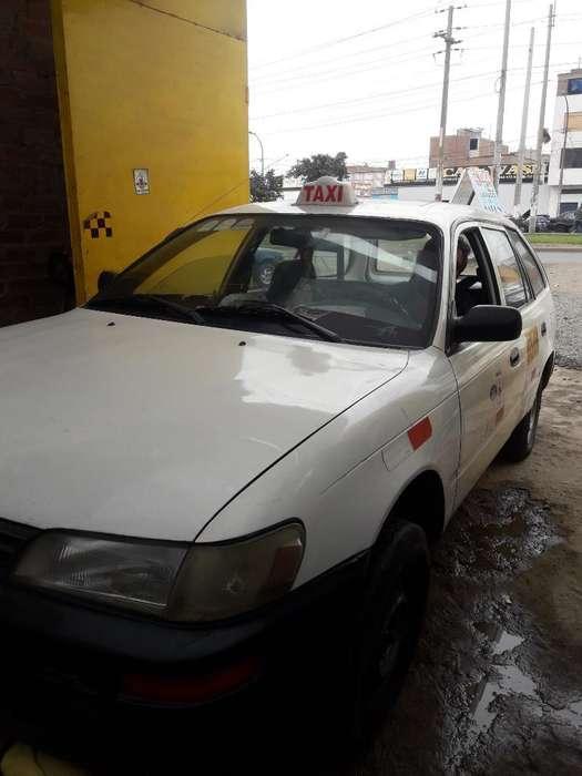 Toyota Corolla 2002 - 255000 km