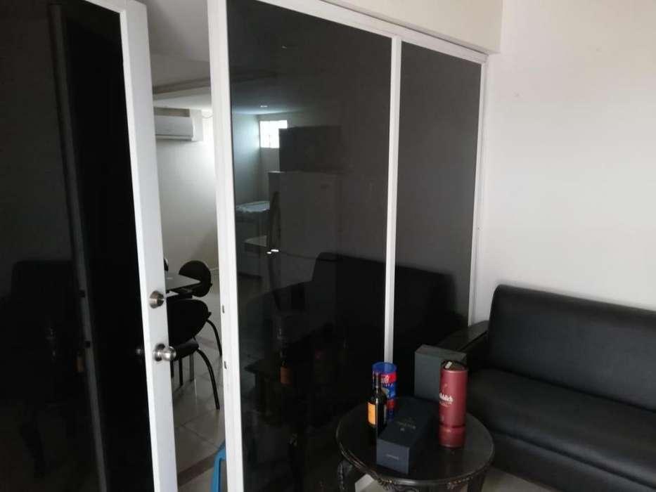 Venta O07 <strong>oficina</strong> más Suite ideal consultorio Centro de Guayaquil
