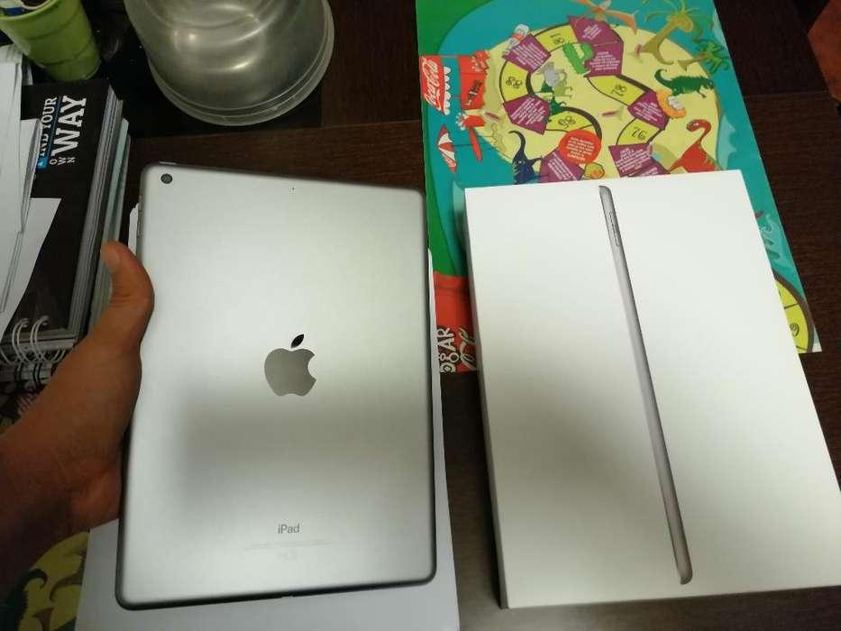 iPad 5 Generación en Caja