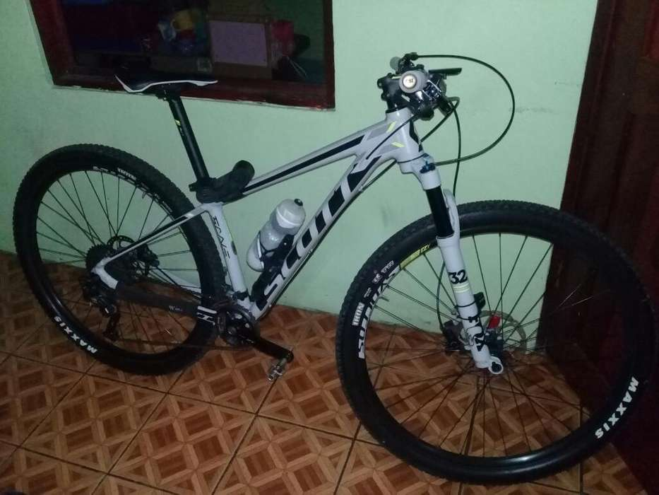 Vendo Bicibleta Scott 2017