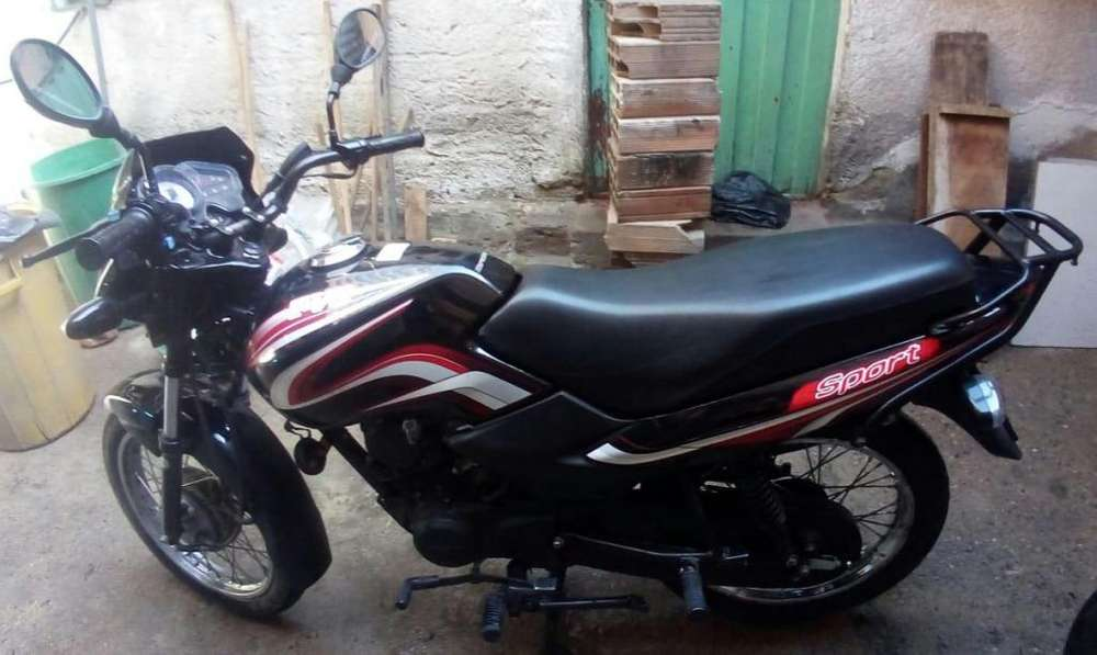 MOTO TVS 100