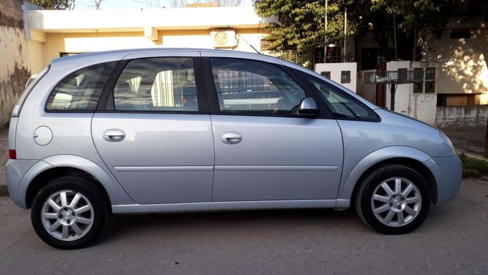 Chevrolet Meriva 2011 - 102000 km