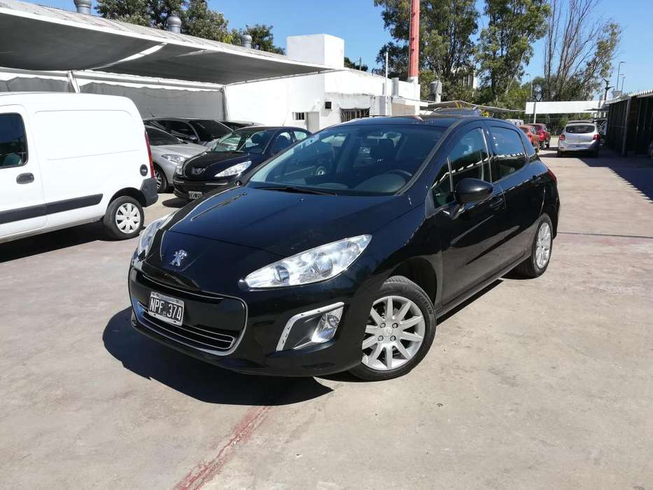 Peugeot 308 2014 - 145000 km