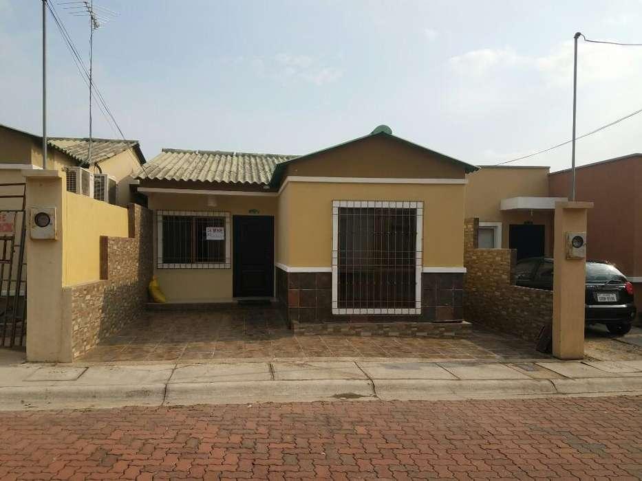 Vendo Casa Bien Conservada