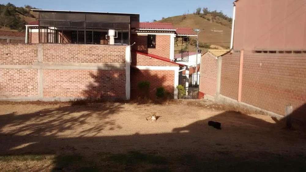 Vendo Lote - (3127541799) Excelente Ubicación, con todos los servicios, listo para construir.