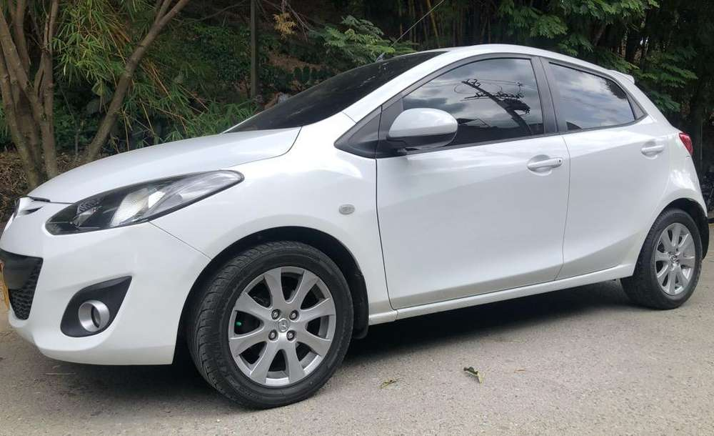 Mazda Mazda 2 2014 - 69000 km
