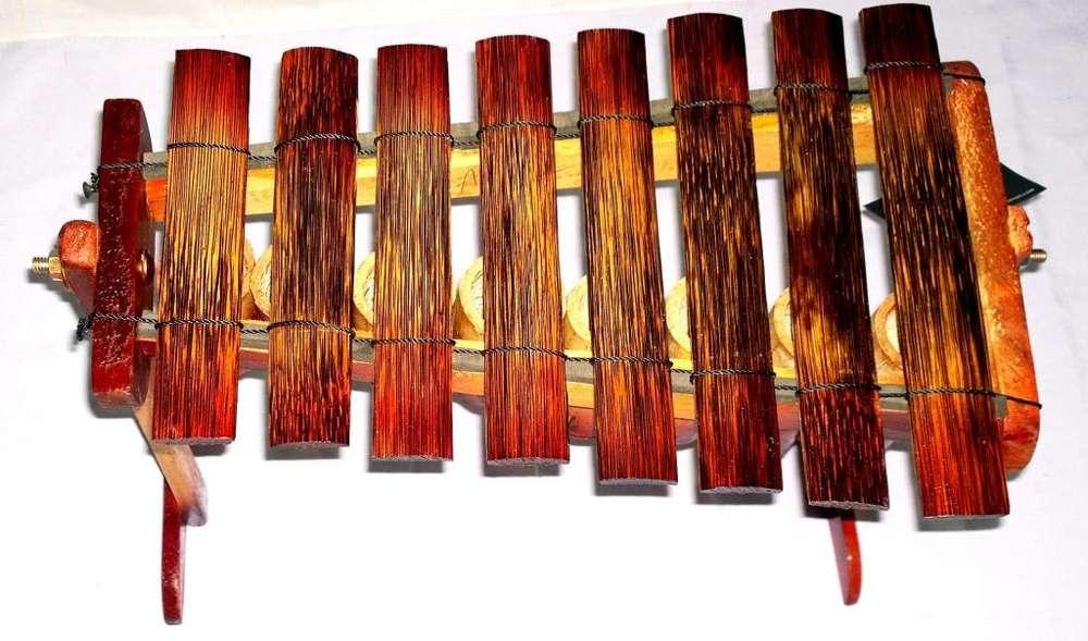 marimba de chonta de 8 notas