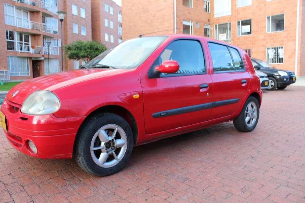 Renault Clio  2002 - 150000 km