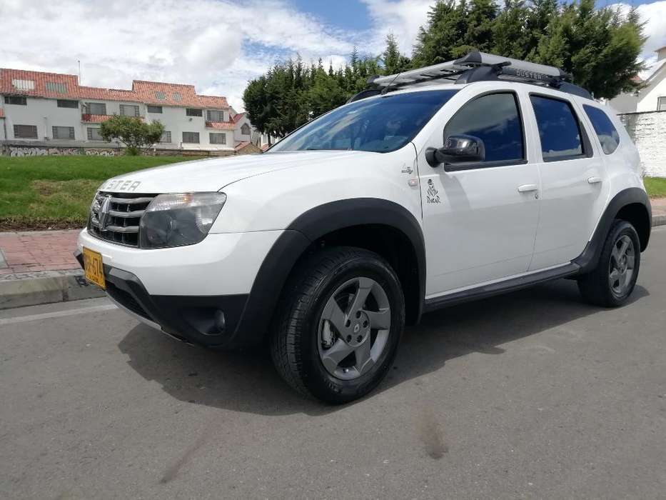 Renault Duster 2015 - 700 km