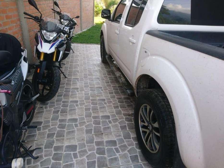 Nissan Navara  2013 - 75000 km