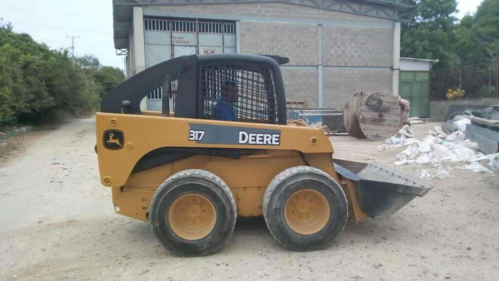 317 E Minicargador 2008 Maquinaria
