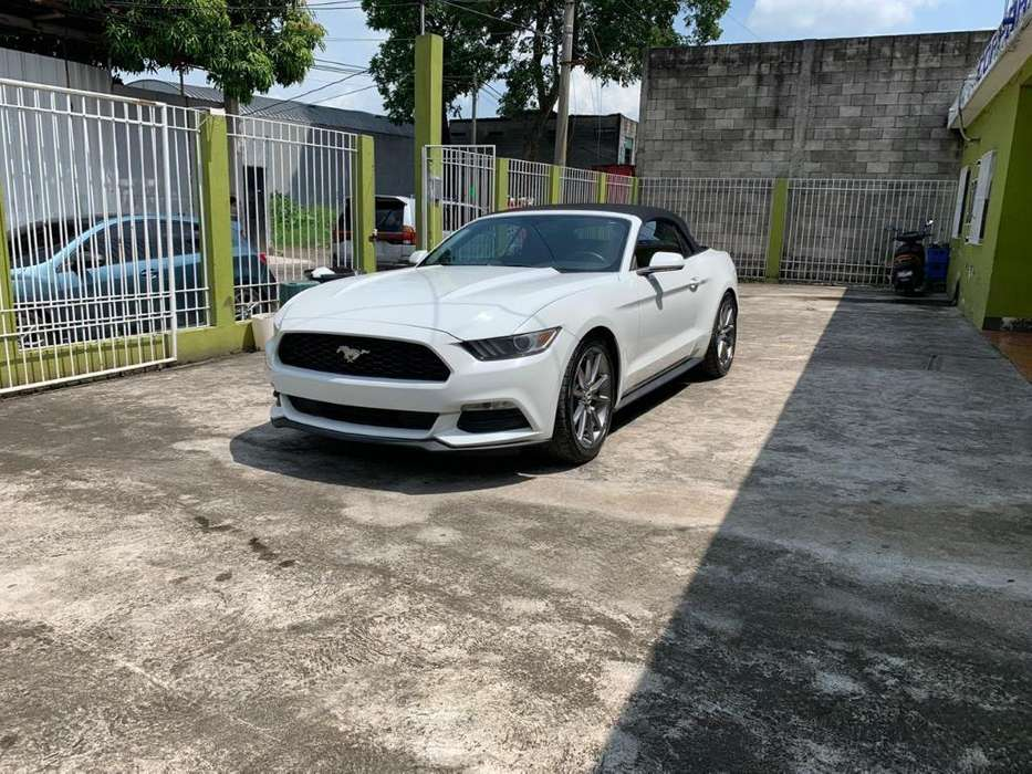 Ford Mustang 2015 - 40000 km