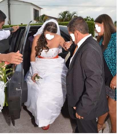 72921a8b6 Vestidos de novia nuevos a precio de alquiler  Ropa en venta en ...