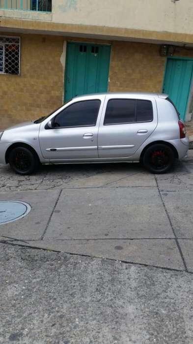 Renault Clio  2005 - 200000 km