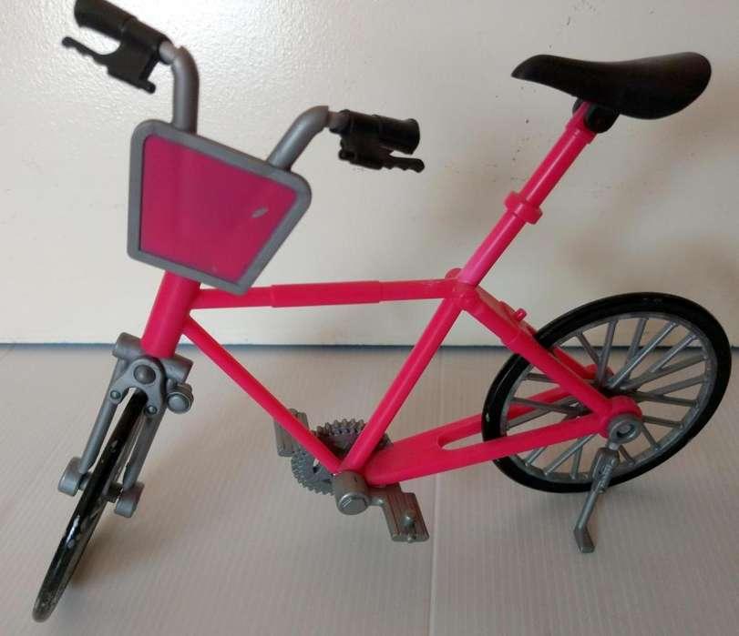 Bicicleta para muñecas Barbies o similares, importada de Suecia